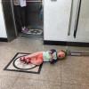 엘리베이터 버튼을 누나가 먼저 눌렀다
